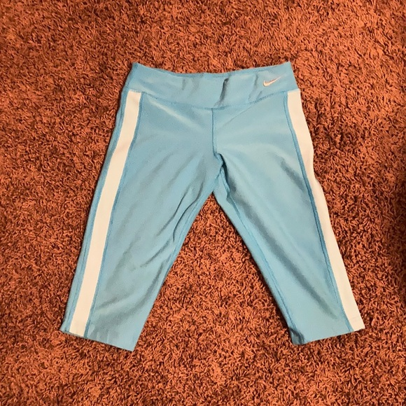 blue side striped capris size Small